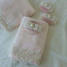 Croscill Royalton Embellished Hand Towel
