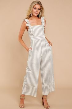 For The Love Of Stripes Grey Striped Jumpsuit Jumper Outfit Jumpsuits, Jumpsuit Casual, Red Jumpsuit, Jumpsuit With Sleeves, Jumpsuit Outfit, Striped Jumpsuit, Summer Jumpsuit, Cool Outfits, Summer Outfits