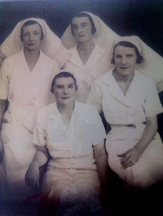 First graduates St Vincent's Hospital Lismore, 1936