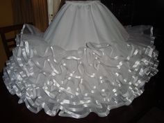 Como hacer un falso para vestido de cueca - Imagui