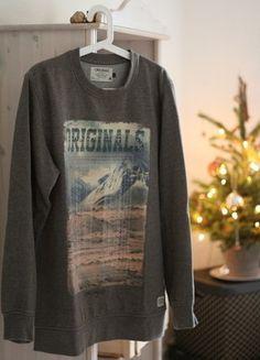 Kaufe meinen Artikel bei #Kleiderkreisel http://www.kleiderkreisel.de/herrenmode/pullis-and-sweatshirts-sonstiges/140817008-grauer-warmer-pulli-von-jack-jones-in-l