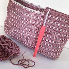 """1,890 Likes, 21 Comments - JS Hook Design (@jshookdesign) on Instagram: """" #virka #virkning #virktokig #crochetpurse #handmade #crochet #crochetaddict #crochetlover…"""""""