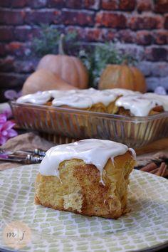Rollos de canela y calabaza con glaseado de queso crema (Pumpkin cinnamon rolls) - Mis Dulces Joyas