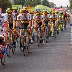 Yellow train in @tourdepologne 🇵🇱 #samenwinnen #teamlottonljumbo #cycling