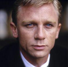 A young Daniel Craig