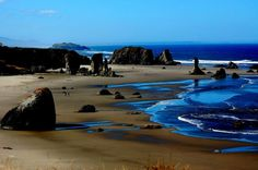 Oregon Beaches are beautiful. This is a great shot near Bandon, OR.