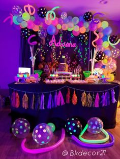Glow in the dark birthday party! I had so much fun making this theme ! Sleepover Birthday Parties, Birthday Party For Teens, 18th Birthday Party, Sweet 16 Birthday, Birthday Party Decorations, Glow Party Decorations, Neon Birthday Cakes, Neon Party Themes, Teen Parties