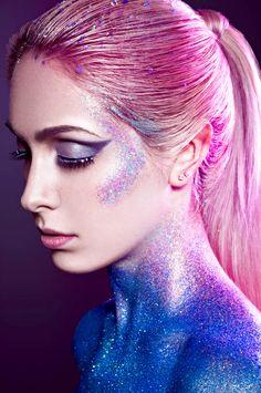Sparkling alien // Halloween makeup ideas