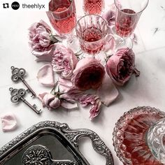 #Repost @theehlyx. #theehlyx takes the most gorgeous photos! Tea for tuesday?  What's Your Poison? || Rose Moscato Tea in crystal cut glasses just makes everything looked more dangerous