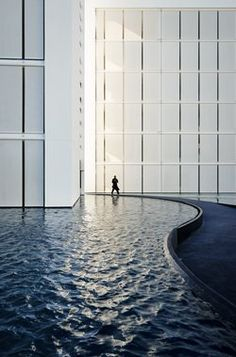 #Minimalist #Hotel Mar Adentro is something simply out of a dream. Set in Mexico, its clean lines and all-white aesthetic amazingly portrayed by Joe Fletcher make this place an heavenly spot surrounded by pools and breathtaking views of the sea Project by Taller Aragones / Miguel Angel Aragones