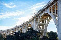 The Colorado Street Bridge in Pasadena, CA - in Southern California just northwest of Los Angeles, north of the City of Alhambra. Pasadena California, California Love, Southern California, Great Places, Beautiful Places, Places To Visit, Colorado Street Bridge, City Of Angels, Le Far West