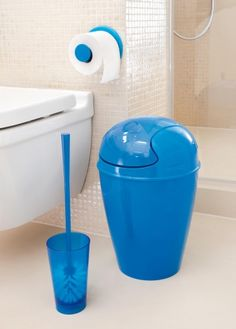 »RIO #Toilettenbürste: Einfach schön. Die schlanke #Klobürste von #Koziol ist ein echtes Essential für's #Bad.