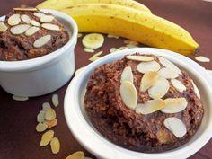 Zapekaná ovsená kaša s banánom a kakaom. Neobsahuje žiadny cukor, múku ani olej (Recept) Healthy Sweets, Healthy Eating, Brunch, Pudding, Beef, Breakfast, Recipes, Fitness, Eggs