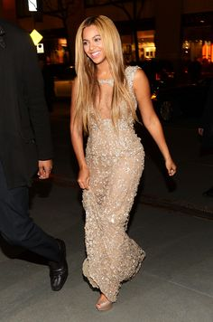 Beyoncé arriving to the premiere of her HBO doc, 'Life Is But a Dream.'