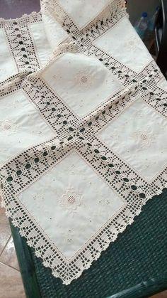 Alba Griselda Espinel Rochón's media content and analytics Crochet Bolero Pattern, Crochet Bedspread Pattern, Crochet Borders, Crochet Motif, Crochet Doilies, Crochet Home, Love Crochet, Learn To Crochet, Filet Crochet