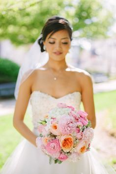 Spring bouquet | Rose bouquet | Pink bouquet | Stunning rosey bouquet | NYC Photographer Weddings by Minnow Park