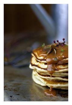 Salted thym caramel pancakes