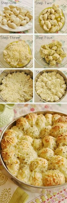 Cheesy Garlic Monkey Pull Apart Bread