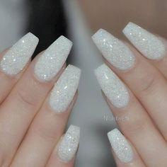 Instagram media by nailsbyeffi - White with Diamond glitter ♥ #nailsbyeffi #gel #gelenaglar #göteborg