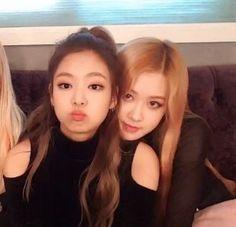 Jennie and Rosé