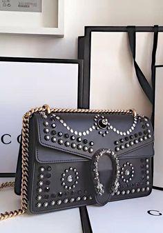 6afdcd54b330 1041 Best Gucci handbags images   Gucci bags, Gucci handbags, Gucci ...
