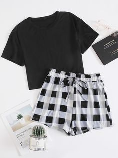 Really Cute Outfits, Cute Lazy Outfits, Teenage Outfits, Trendy Outfits, Girls Fashion Clothes, Teen Fashion Outfits, Mode Outfits, Cute Pajama Sets, Cute Pajamas