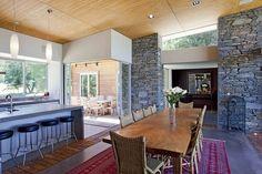 modern farmhouse style... hello stacked stone!