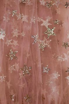 Pink Aesthetic Discover Stars in her eyes skirt Aesthetic Vintage, Aesthetic Photo, Aesthetic Pictures, Simple Aesthetic, Photography Aesthetic, Blue Aesthetic, Aesthetic Clothes, Aesthetic Backgrounds, Aesthetic Iphone Wallpaper