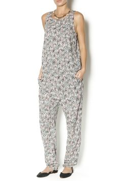Printed sleeveless jumpsuit with blouson top, comfy and stylish!