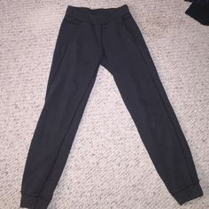 Lulu sweatpants Dark grey, size 2, only worn couple of times, great condition lululemon athletica Pants Leggings
