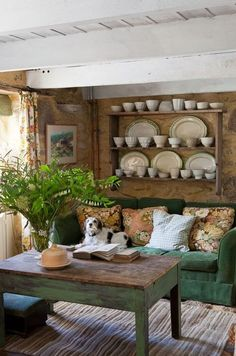 36 Outstanding Rustic Cottage Decor - Rustic Cottage Living Room 55 Airy And Cozy Rustic Living Cottage Living Rooms, Home Living, Small Living, Cottage Homes, Rustic Cottage, Cottage Style, Cozy Cottage, Irish Cottage Decor, Farmhouse Style