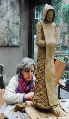 Home Decor Tips: garden clay art sculpture artist Martine Bossuyt in her studio Maloulaan 7, Belgium @favorite things