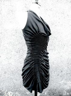 Fabric manipulation for fashion with structural line pattern  dimensional pleat textures; couture sewing inspiration // Susan Waller