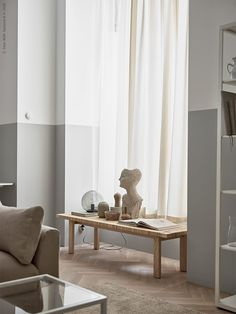 Some inspiration from Ikea Livet Hemma today, with two very different living room looks. The first is a soft minimalism style living room. Beige Living Rooms, Ikea Living Room, Beige Room, Swedish Interiors, Swedish Interior Design, Interior Styling, Ikea Interior, Nordic Design, Scandinavian Interior