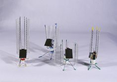 Helioforms: BEAM Robot Pummer, via Flickr. Beam Robot, Robot Arm, Diy Electronics, Electronics Projects, Robotic Science, Paranoid Android, Analog Circuits, Arduino Cnc, Electric Sheep