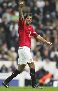 Ruud Van Nistelrooy celebrates his goal for Manchester United during the Barclays Premiership match between Tottenham Hotspur and Manchester United, on September 2004 at White Hart Lane, London,. Get premium, high resolution news photos at Getty Images Manchester United Champions League, Manchester United Legends, Manchester United Players, Man Utd Squad, Ruud Van Nistelrooy, Manchester United Wallpaper, White Hart Lane, Football Icon, Barclay Premier League