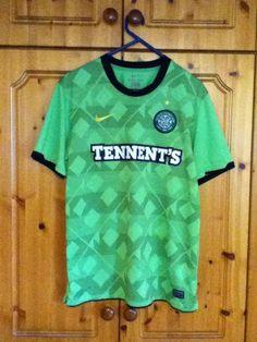 Glasgow Celtic Football Club Away Jersey 2010 - 2011 Large Adult Nike  Soccer Jerseys 6c68550fb