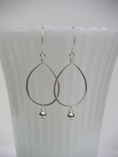 wire teardrop earrings | Silver Teardrop Earring - Hammered Wire Jewelry - Small Beaded ...