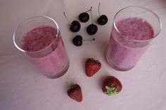 strawberry cherry smoothie