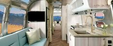 Airstream is making some big changes this year with their travel trailer interiors, and we are so here for it😍🙌  Check out how  the International Travel Trailer is getting a makeover for 2021! Travel Trailer Interior, Airstream Travel Trailers, Airstream Interior, Vintage Airstream, Tranquil Bathroom, Airstream Flying Cloud, Sink Design, Queen, Interior Decorating