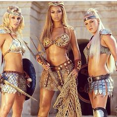 Current mood power girl !!!  Pink  Britney spear  Beyoncé