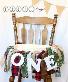 LUMBERJACK birthday high chair banner - LITTLE WOODSMAN -  *Found it on Etsy @eieiodesigns*  Can you imagine how cute Ryder will look in this?!