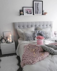 One more of the bedroom driving home today from #regensburg to #dortmund New photos coming at the weekend __ #bedroom #girly #interior #interiør #interiordesign #interior123 #homestyling #homedesign #homedecor #decor #pink #grey #girlsroom #girlythings #roominspo #roominspiration #home #myhome #likeforlike #fairylights #finahem #nordiskehjem #modernhome #happiness #inspo #inspiration #goodday
