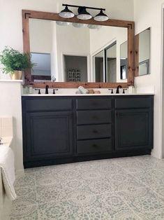 Nice 105 Fresh Small Master Bathroom Remodel Ideas https://homearchite.com/2018/02/22/105-fresh-small-master-bathroom-remodel-ideas/ #bathroomremodeling