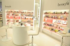 Decoration Cosmetic Shop Design