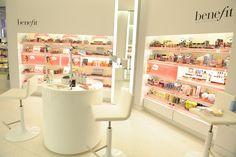 Decoration Cosmetic Shop Design