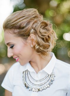 We've seen so many fashion forward and stylish brides here at MODwedding, so it's our duty to share our faves so you can swoon too. This gallery is filled with so many glamorous wedding hairstyles for you to get inspired. Happy pinning! Featured Wedding Hairstyle:Elstile Featured Wedding Hairstyle:Elstile Featured Wedding Hairstyle:Elstile Featured Wedding Hairstyle:Elstile Featured […]