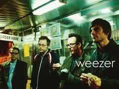 Weezer lâchent Cleopatra, un nouvel extrait de leur prochain album, Everything Will Be Alright In The End, qu'ils présentent comme un retour aux sources dans la veine du Blue Album et de Pinkerton. Sortie prévue le 7 octobre !