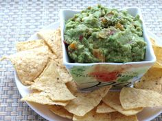 The Quintessential Cinco de Mayo Recipe: Quick and Easy Guacamole - LifetimeMoms
