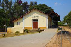 Estação de Trem de Tiradentes - https://abussolaquebrada.wordpress.com/2014/12/04/tiradentes/